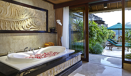 royal pool villa bathroom